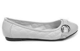 کفش زنانه بزرگ