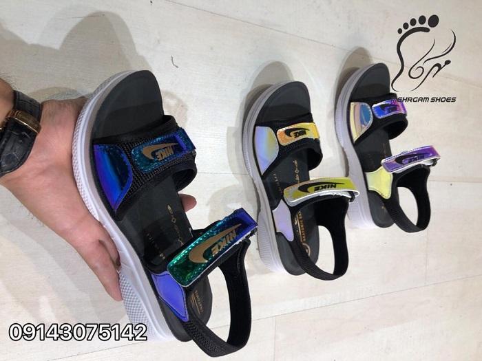 کفش اسپرت هولوگرامی
